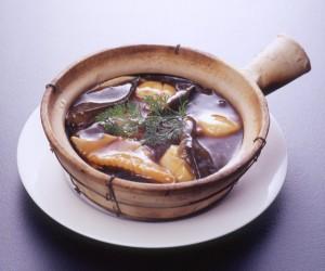 俵三品の土鍋